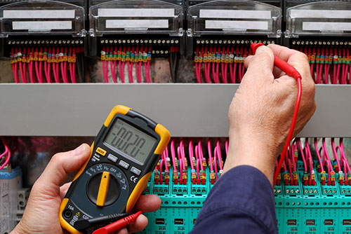 Maintenance electrician Canberra